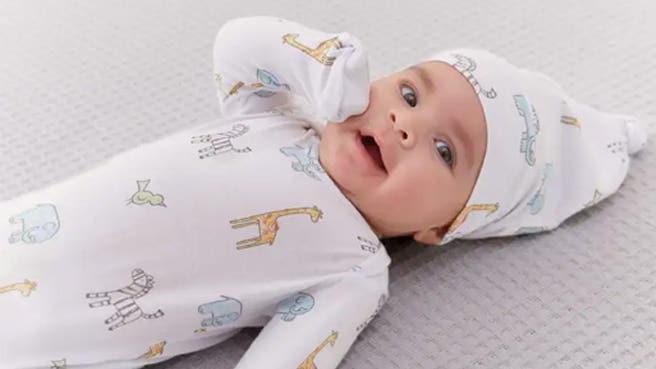 aden + anais coffret-cadeau nouveau-né combinaison + bonnet à nouer maille confort 0-3 mois